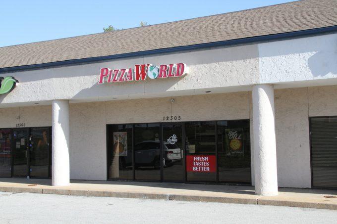Pizza World - Creve Coeur, MO